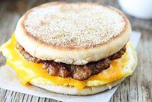 Breakfast Sandwich Maker / Recipes to make in the Hamilton Beach Breakfast Sandwich Maker and the original sandwich maker!