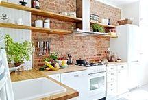 Kitchen / by Robin Elizabeth