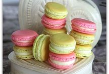 I Love Macarons / A collection of gorgeous looking French macarons and yummy sounding recipes.  / by Rebecca Greco