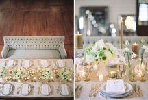 C E N T E R P I E C E / Centerpiece ideas from simple elegance to grand luxury! / by Crème de le Chic Events