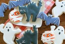 Halloween Treats & Crafts / Halloween recipes, Halloween crafts and printables for chefs of all ages.