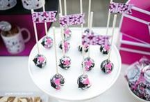 Marbled Geometric Party   Ideas, Decorations and Inspiration / Marbled Geometric party ideas, including party decorations, marbled geometric themed sweets and treats, printables and party activities.