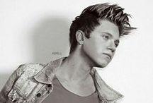 Niall Horan / Cute Irish boy!!!!! / by MacKenzie Schroeder