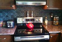 Kitchen tin tile backsplash and dining area wall / DIY Tin tile kitchen backsplash