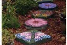 Garden Features / by Rhonda Grandhagen