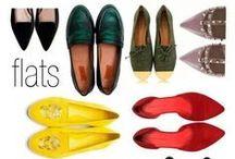 ♥ Flats / Wer schön sein will, muss nicht leiden! Der allerwichtigste Schuhtrend in 2014 heißt nämlich: FLACH! Ob luftige Sandalen, schicke Loafers oder spitze Ballerinas - die Hauptsache ist, sie sind bequem! Wir zeigen Dir, welche Modelle besonders schön sind und wie Du Flats am besten kombinierst!