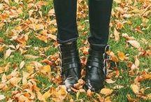 ♥ Fall Fashion 2014 / Die Schuhmode für den Herbst 2014 hat uns überrascht, entzückt und einen Haben-wollen-Reflex nach dem anderen ausgelöst. Auf dieser Pinnwand findest Du die coolsten Schuhtrends des Herbstes von Steppoptiken bis Zipped & Chained.
