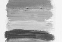 ♥ Shades of Grey / Grau ist die Trendfarbe der Saison und zwar in all ihren Facetten. Sowohl Kleidung als auch Schuhe und Accessoires hüllen sich in den neuen Basicton. Dass Grau gar nicht langweilig ist, wollen wir Dir auf dieser Pinnwand zeigen.