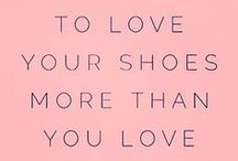 ♥ Sneakers / Sneakerheads aufgepasst! Hier kommen die coolsten, schönsten und lässigsten Sneaker für deinen Schuhschrank. Lass dich jetzt inspirieren!