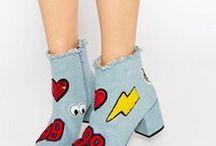 ♥  Patches / Patch! Na, kannst du dich noch an dein erstes Stickeralbum erinnern? Megagenial, in den 90ern, aufm Schulhof, tausche Stoffsticker gegen Glitzersticker. Und heute? Kleben oder nähen wir die Stoffsticker, die sich jetzt  Patches nennen, am liebsten auf unsere Jeans und Sneaker. Erwachsensein läuft :-)