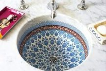 Bathrooms / Bathroom decor and design. Fabulous style, organization and walk in showers
