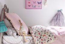 Kinderkamer thema vlinders ★ butterfly themed kids room  / Inspiratie en accessoires voor baby- en kinderkamers met vlinders als thema ★ Inspiration and ideas for butterfly themed baby-and kids rooms
