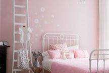 Kinderkamer roze ★ girl's room pink / Inspiratie en sfeerbeelden voor meisjeskamers met roze accenten en roze kinderkamer accessoires ★ inspiration and ideas for pink kid's rooms