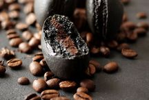 Food | Sweet treat / by Sarah Chudleigh