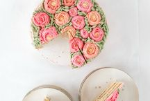 Cakes / Beautiful cakes and cupcakes // dessert recipes // food photography // naked cakes