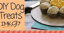 Homemade DIY Dog Treats / How to make healthy homemade do it your self dog treats that your pups will love and you will feel good feeding them.  All different recipes from gluten and grain free to natural, organic and vegan.