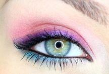 Beautiful Makeup / by Brandy Ward