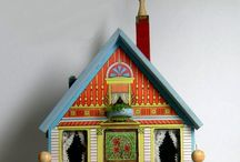 Doll's Houses / All kinds of dolls houses, toy houses and play houses from different eras