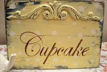 Cupcakes / by Irma Martinez