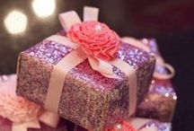 Bows and Paper / #gifting all wrapped up, in the most stylish of ways <3