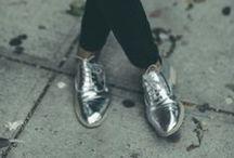 < Cenicienta > / Zapatos, zapatos, zapatos