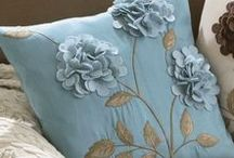 :: Decorative Pillows