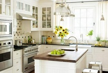 Kitchens / by Teresa Gerrell