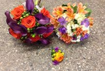 Wedding flower packages. / Wedding bouquets and bridal party flowers made to order. Bridal bouquets, bridesmaid bouquets, groom's boutonniere, groomsman's boutonnieres in convenient packages.
