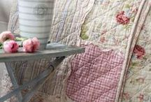 I might try quilting - inspired / I've set a goal to attempt machine quilting. Inspire me! / by Dalyne Easley