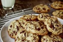 cookies / by Ivette Peña