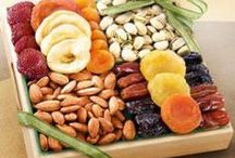 Dried Fruit Platters - Products / Dried fruit platters in TX, CA, NY, FL, IL, MA, CT, PA, VT, VA, WA, TN. http://shopfruitbaskets.com/dried-fruit-platters.htm