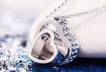 Valentine Gifts on Valentine's Day, http://shopfruitbaskets.com/valentine-gifts-products.htm / Valentine Gifts on Valentine's Day, chocolate, flowers, jewelry, heart, http://shopfruitbaskets.com/valentine-gifts-products.htm