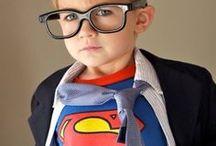 ♕ Anniversaire Super Héros ♕ / Super pouvoirs, super costumes, super équipe... Il est grand temps d'organiser une fête d'anniversaire sur le thème des super héros ! Ici vous trouverez toutes sortes de bonnes idées pour un anniversaire d'enfant (et pourquoi pas d'adulte !) au top du top !