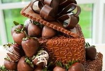 CHOCOLATE, Recipes, Gift Baskets, Chocolate Dipped Fruit, Chocolate Covered Nuts, Boxed Chocolate / CHOCOLATE, Gift Baskets, Chocolate Covered Fruit, Nuts, Recipes, Boxed Chocolate, FREE Shipping, Great chocolate reviews, http://shopfruitbaskets.com/chocolate-gifts.htm