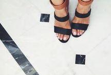 zapatos. / by Jacqui Wonder