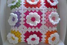Crochet - Pillows / Crochet pilows patterns and inspiration
