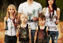 Family pic ideas / by Suzanne Gibson