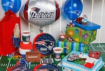 Football/Superbowl Party / by Gina Mckinney Schlesinger