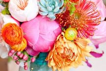 Flowers in the House Inspiration / Great Ideas 4 Arrenging Your Flowers