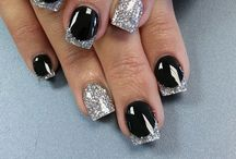 Nail Designs! / by Lindsay Howard