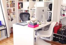 Office space for in living room / by Zebra Girl