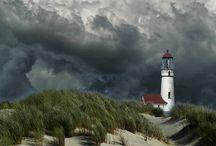 Lighthouses / by Yolanda González