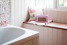 Loos & Baths / by Cynthia Scott Traeger