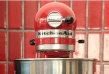 Ѽ KitchenAide Mixer / by Deanna Huff