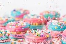 Kids Party Food / Kids birthday party foods that won't go un-noticed.  These food selections are perfect for serving at a children's party or play date!