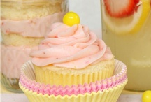{ cupcakes } / Cupcakes! / by Ashley Sanders
