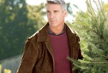 Men's Outerwear / From field jackets and peacoats to parkas and leather jackets, we have warm and rugged jackets and outwear to weather the elements. Our selection of exceptional men's jackets and outerwear include the details, patterns and colors you want.
