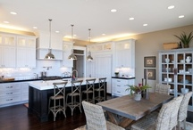 Kitchens / by Laura C