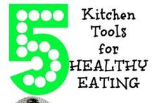 Healthy Fitness Tips / Tons of healthy food recipes and tips, exercise routines, and ways to just be healthier all around.  Clean eating and chemical-free eating, cleaning, and more are ways to be a better you and change your lifestyle.  Be healthy by checking out more articles by www.smartypantsmama.com