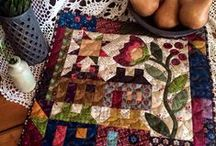 Quilts: Little ones~~**~~ / Small Qullts:  Doll, wall hangings, table runners, and minis / by ☆ ☆ Alice Cooksey ☆ ☆